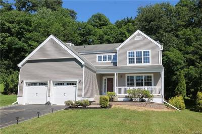 Yorktown Heights Single Family Home For Sale: 287 Rockwood Court