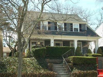 New Rochelle Single Family Home For Sale: 38 Petersville Road