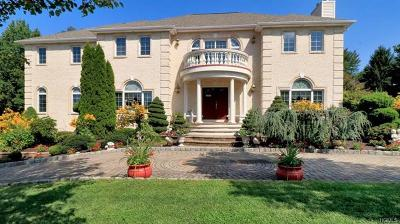 Single Family Home For Sale: 21 King Arthur Court
