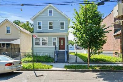 Bronx Single Family Home For Sale: 2418 Glebe Avenue