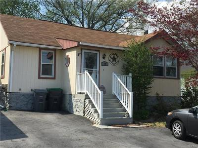 Middletown Single Family Home For Sale: 72 Ridgewood Avenue