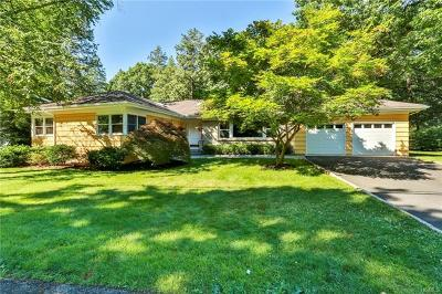 Sleepy Hollow Single Family Home For Sale: 22 Hemlock Drive