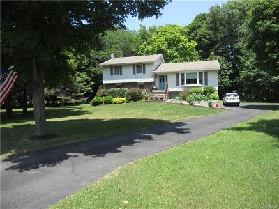 Cornwall Single Family Home For Sale: 10 Erin Court