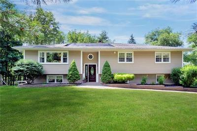 Warwick Single Family Home For Sale: 9 Pipers Lane
