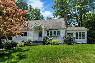 Yorktown Heights Single Family Home For Sale: 2056 Laurel Court