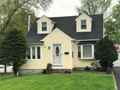 Monroe Single Family Home For Sale: 30 Swezey Place