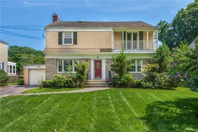 New Rochelle Single Family Home For Sale: 52 Stratford Road