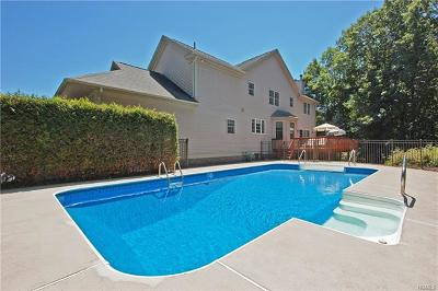 Chester Single Family Home For Sale: 86 Beverly Road