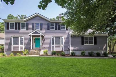 Yorktown Heights Single Family Home For Sale: 2454 Pinetree Place