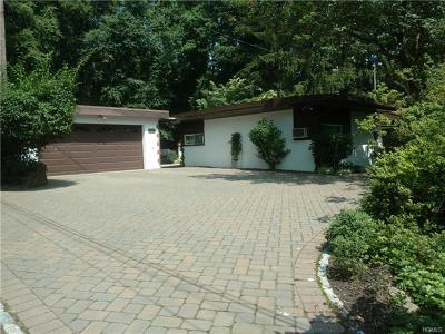 Single Family Home For Sale: 637 South Pascack Road
