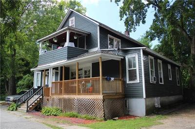 Multi Family 2-4 Sold: 6 Eaton Court
