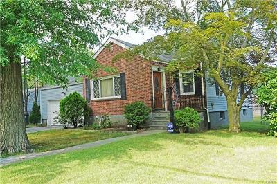 White Plains Single Family Home For Sale: 10 Cloverdale Avenue