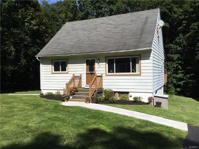 Brewster Single Family Home For Sale: 14 Pleasant Drive