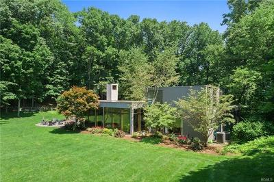Mount Kisco Single Family Home For Sale: 130 Old Roaring Brook Road
