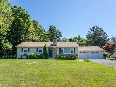 Connecticut Single Family Home For Sale: 21 Middleton Drive
