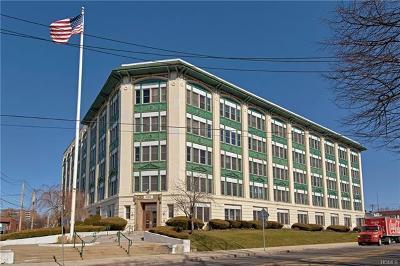 Port Chester Condo/Townhouse For Sale: 1 Landmark Square #614
