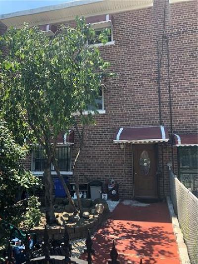 Bronx Single Family Home For Sale: 3683 Harper Avenue