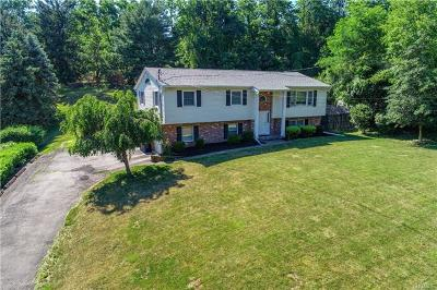 Newburgh Single Family Home For Sale: 15 Sloane Road