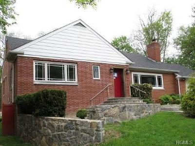 New Rochelle Single Family Home For Sale: 29 Disbrow Lane