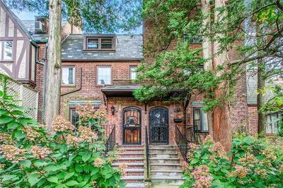Bronxville Single Family Home For Sale: 2 Center Knolls