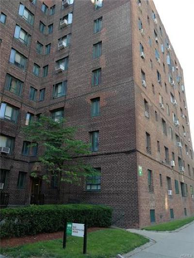 Bronx Condo/Townhouse For Sale: 1640 Metropolitan Avenue #6G