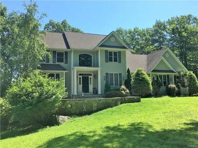 Mahopac Single Family Home For Sale: 453 North Lake Boulevard