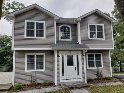 Yorktown Heights Single Family Home For Sale: 31 Crest Drive
