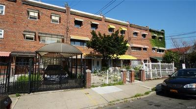 Bronx Single Family Home For Sale: 1045 Underhill Avenue