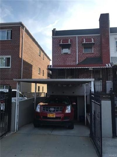 Bronx NY Single Family Home For Sale: $399,000