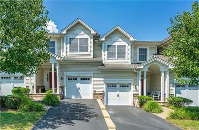 Cortlandt Manor Condo/Townhouse For Sale: 39 Augusta Drive
