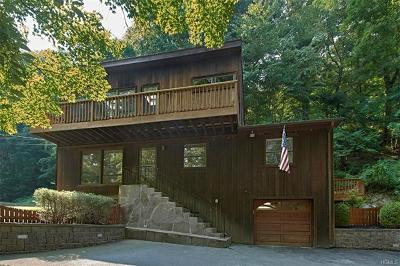 Westchester County Single Family Home For Sale: 24 Quaker Bridge Road