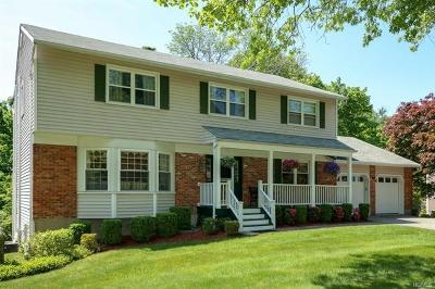 Yorktown Heights NY Single Family Home For Sale: $595,000