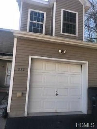 Ellenville Condo/Townhouse For Sale: 232 Hillside Lane