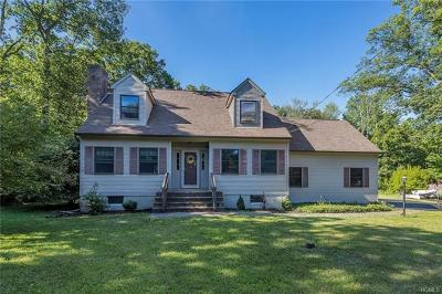 Monroe Single Family Home For Sale: 15 Hawxhurst Road