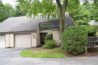 Westchester County Condo/Townhouse For Sale: 364 Heritage Hills #E