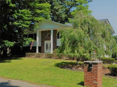 Rockland County Single Family Home For Sale: 32 Tamar Drive
