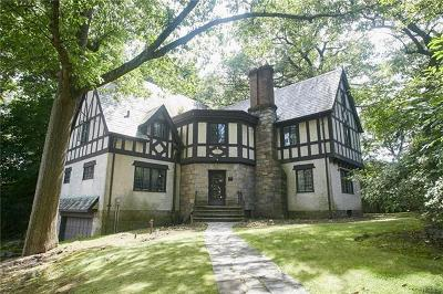 New Rochelle Single Family Home For Sale: 22 Normandy Lane