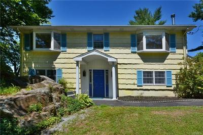 Westchester County Single Family Home For Sale: 42 Laurel Hill Road