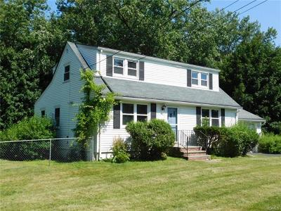 Rockland County Single Family Home For Sale: 72 Meadows Street