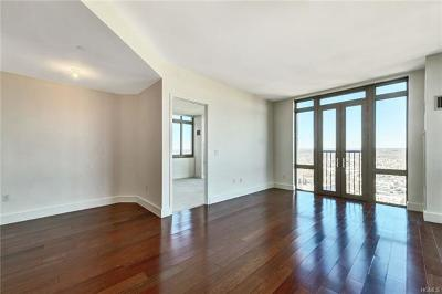 Westchester County Rental For Rent: 175 Huguenot Street #3105