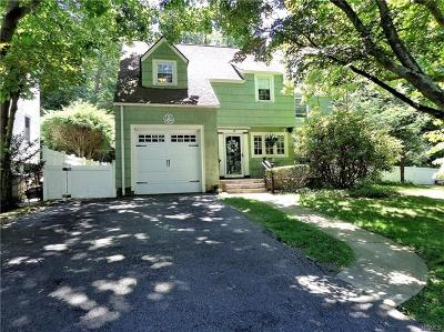 Westchester County Single Family Home For Sale: 11 Capt Honeywells Road