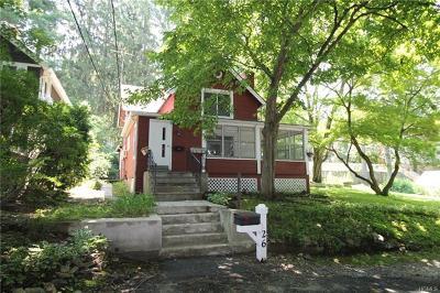 Chappaqua Single Family Home For Sale: 26 Maple Avenue