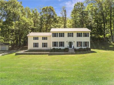 Brewster Single Family Home For Sale: 35 Country Hill Road
