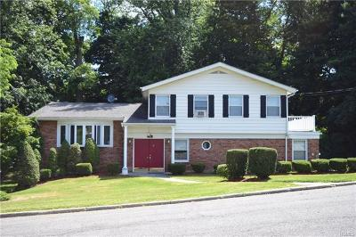 White Plains Single Family Home For Sale: 28 Balmoral Crescent