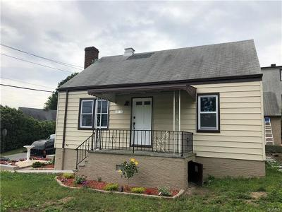 Yonkers Single Family Home For Sale: 711 Mile Square Road