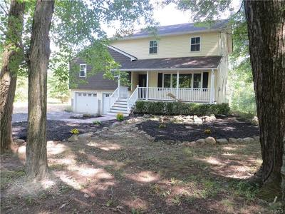 Pine Bush Single Family Home For Sale: 121 Crawford Street