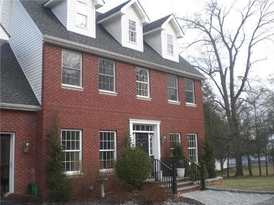 Middletown Single Family Home For Sale: 65 Webb Road
