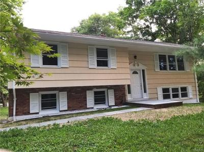 Yorktown Heights NY Single Family Home For Sale: $475,000
