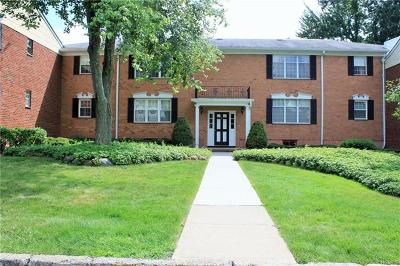 Rockland County Condo/Townhouse For Sale: 3 Somerset Drive #10J