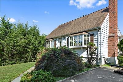 Elmsford Single Family Home For Sale: 58 Van Wart Street